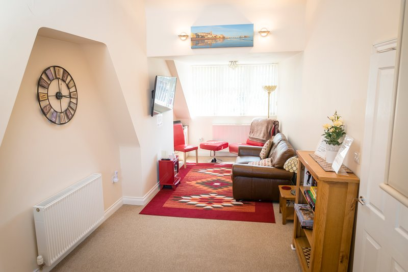 The Upper Bakery a stylish spacious apartment in Cromer Norfolk, holiday rental in Cromer