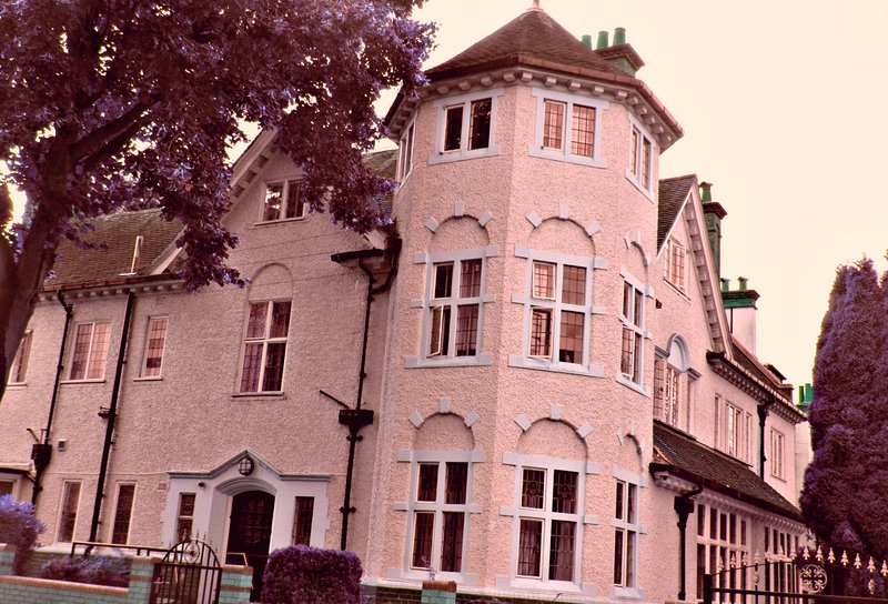 RK Heritage Guest House (Room 1), holiday rental in Walsall