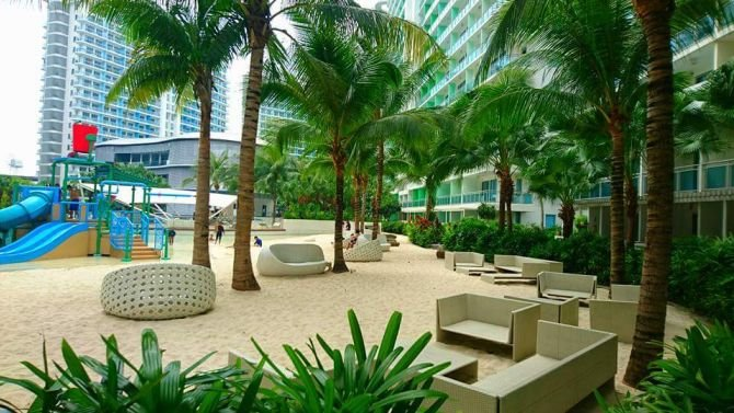 The Mermaid at Azure - A Vacation Home at Azure Urban Resort & Residences, holiday rental in Paranaque