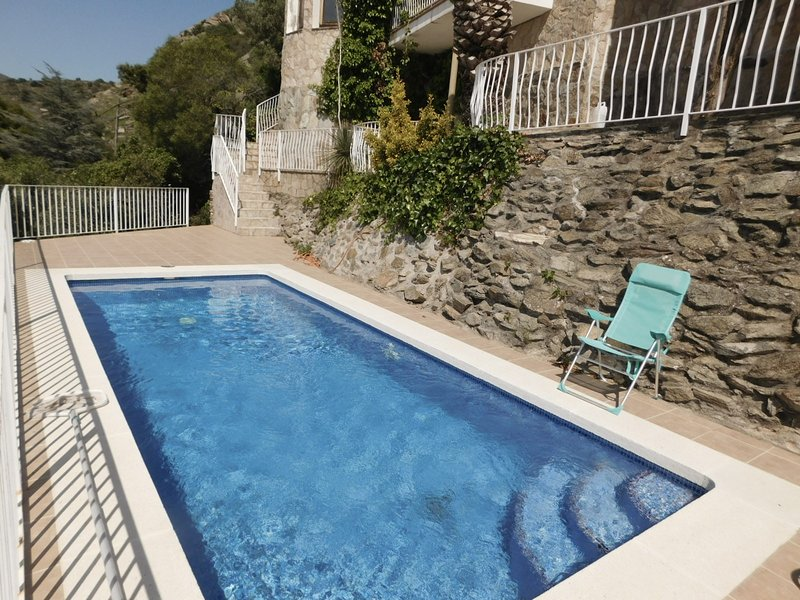 Vila with seaviews and privat pool, holiday rental in Roses