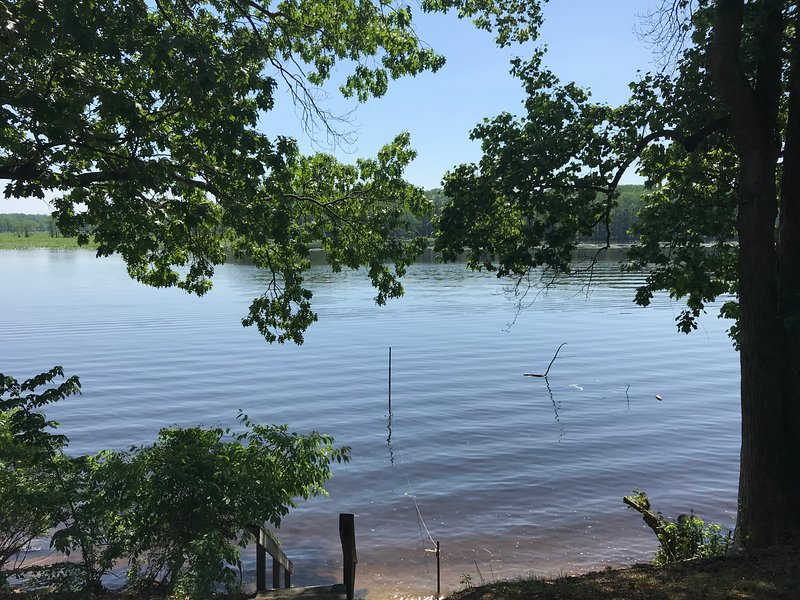 Waterfront Rental Cabins, holiday rental in West Point
