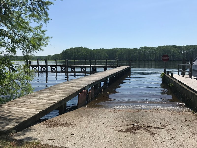 private boat ramp and pier