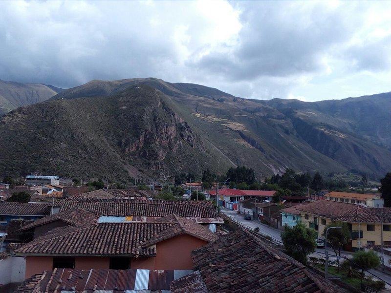 Kusirimay hospedaje, holiday rental in Lamay