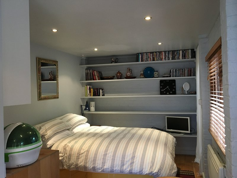 Hideaway in the heart of Chiswick - fantastic location, holiday rental in Kew