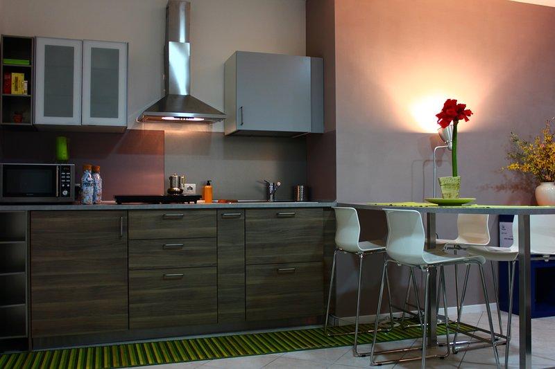 ENJOY LIFESTYLE APARTMENT, holiday rental in San Michele