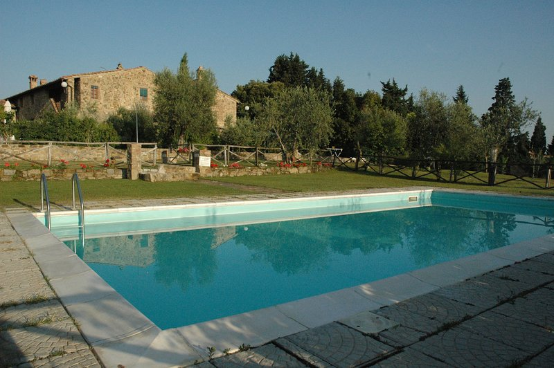 Monsanto II Apartment Sleeps 5 with Pool and WiFi - 5241959, holiday rental in Isole