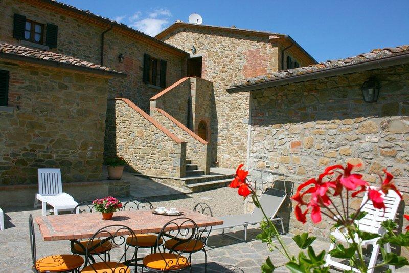 Poggio Santa Cecilia Holiday Home Sleeps 7 - 5490561, aluguéis de temporada em Monte San Savino