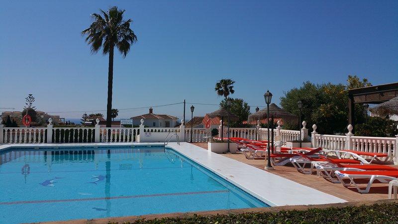 Apto Las Farolas Mijas Costa, close to beach, holiday rental in La Cala de Mijas