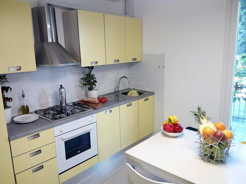 Residence Diffuso Arcobaleno Appartamento P33, vacation rental in Gabicce Monte