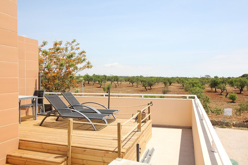 CABANAS 2 BEDROOM PENTHOUSE + SEAVIEW + WIFI, holiday rental in Tavira
