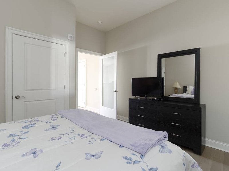 Baltimore Harbor/Convention Center/ Harbor East/Johns Hopkins/ UMMC, holiday rental in Edgemere