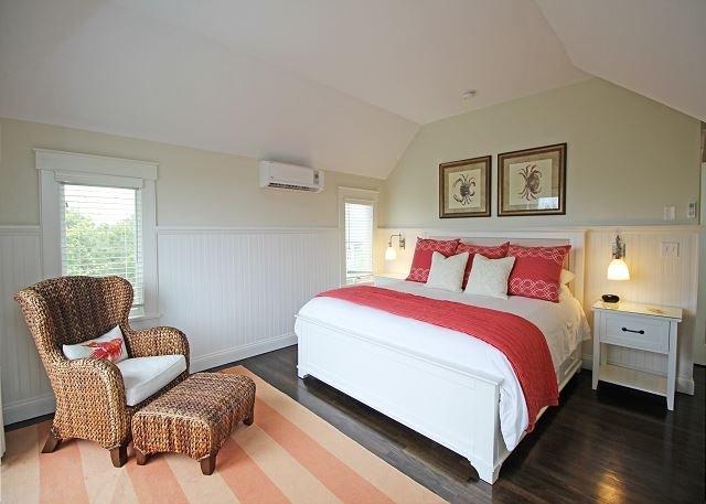 Third floor King bedroom