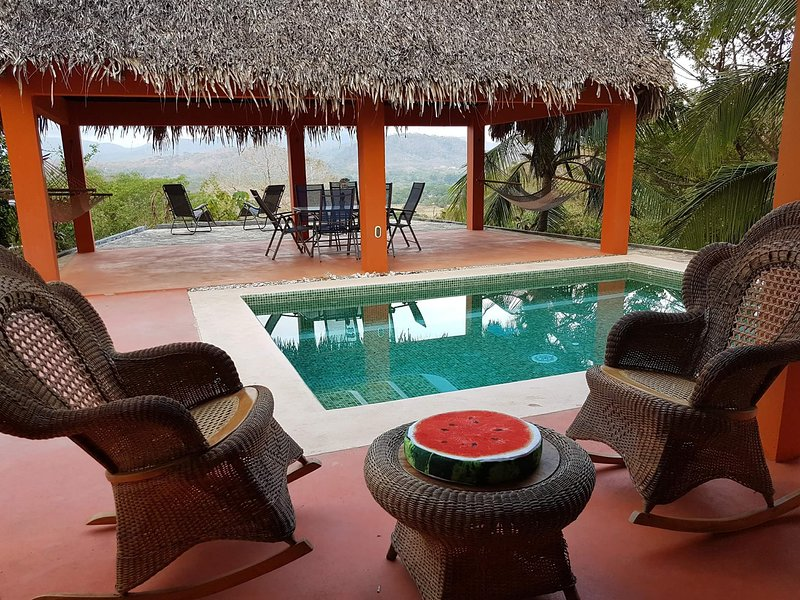 Casa Luna Del Sol private pool overlooking the tropical C-R canopy & hill.