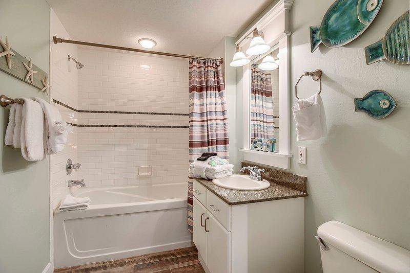 Grand Panama 1808-Shower/Bathtub combo