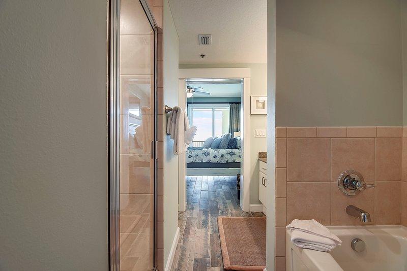 Grand Panama 1808-Master Bathroom