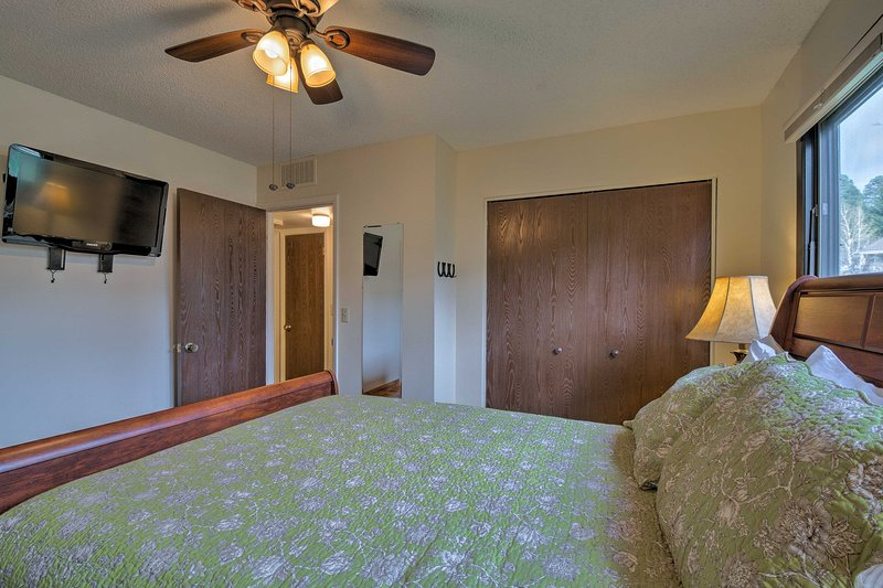 Each bedroom has a flat-screen cable TV.