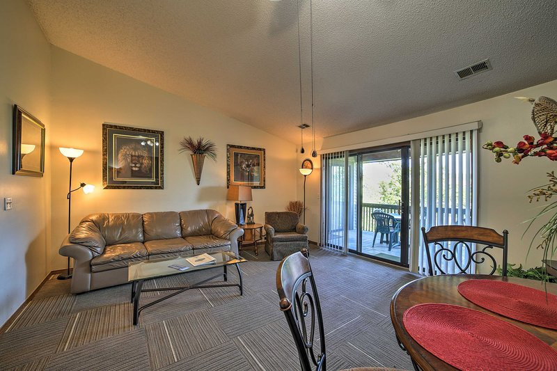 Your Branson getaway begins by booking this 2-bed, 2-bath vacation rental condo.