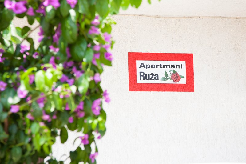 Apartmani Ruza 1., holiday rental in Vodice