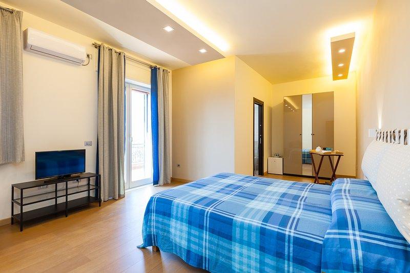 Villa Viuli - Stanza Capri, vacation rental in Trecase