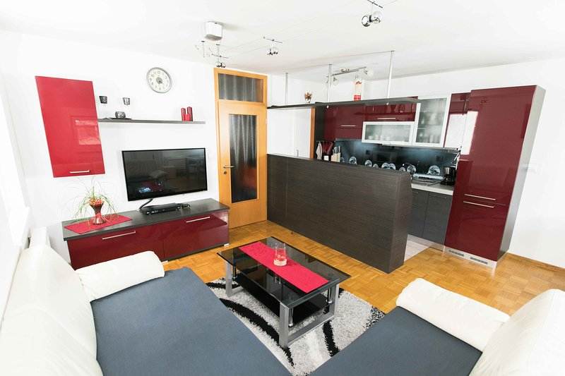 Luxurious RUBY  Apartment in CENTRE KOBARID, holiday rental in Kobarid
