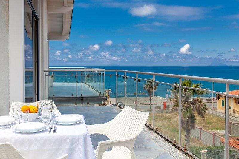 Ambra - Terraces d'Orlando, vacation rental in Rocca di Capri Leone
