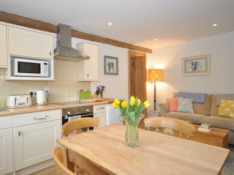 Sociable and spacious kitchen/diner