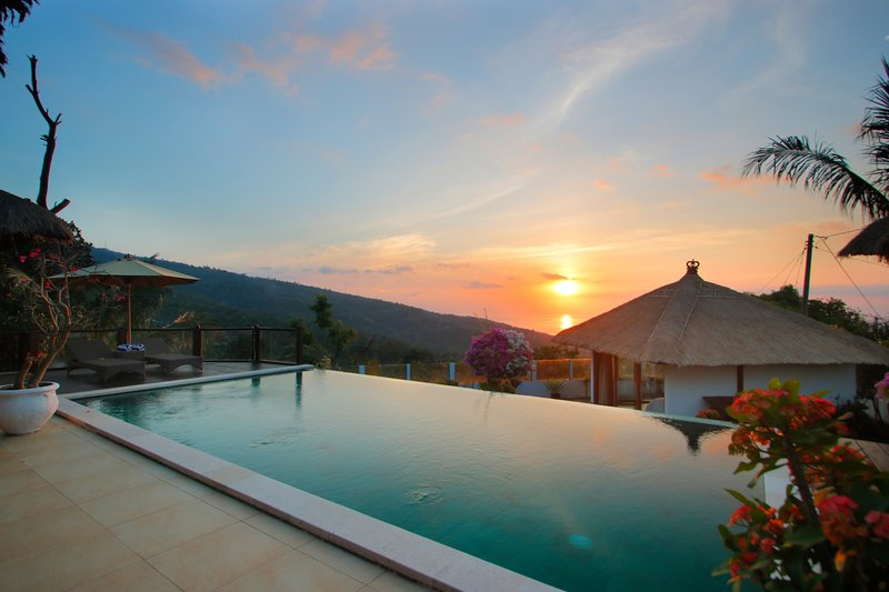 enjoy wondeful sunsets from our villa