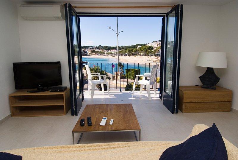 Llafranc Apartment Sleeps 4 with Air Con - 5425163, holiday rental in Llafranc