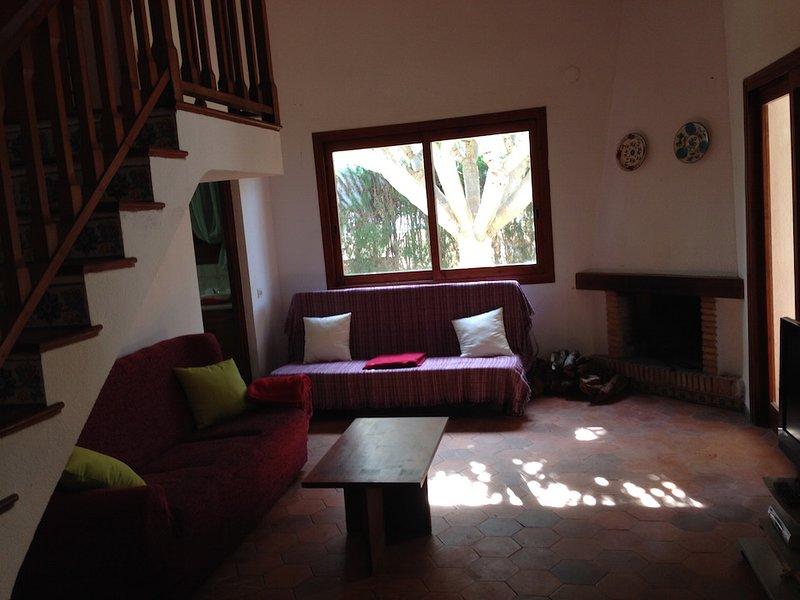 BONITA VILLA EN PLAYA ALMADRABA BENICASIM, vacation rental in Benicasim