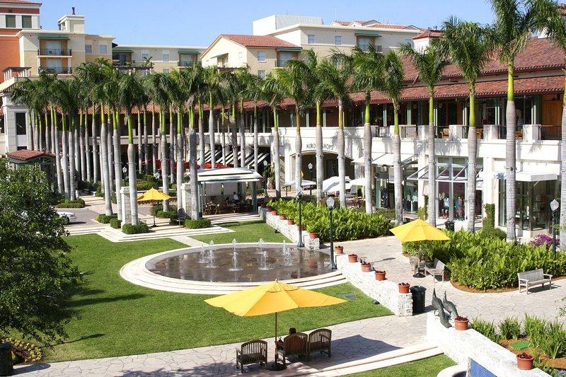 Commerces à Merrick Park - sophistiqué centre commercial en plein air 2 étages wa variété de boutiques et de restaurants