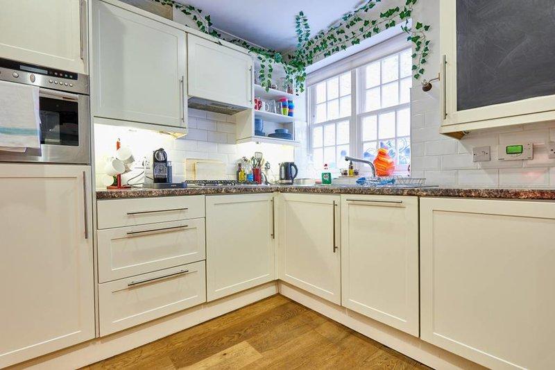 La cocina está totalmente equipada con todo lo necesario!