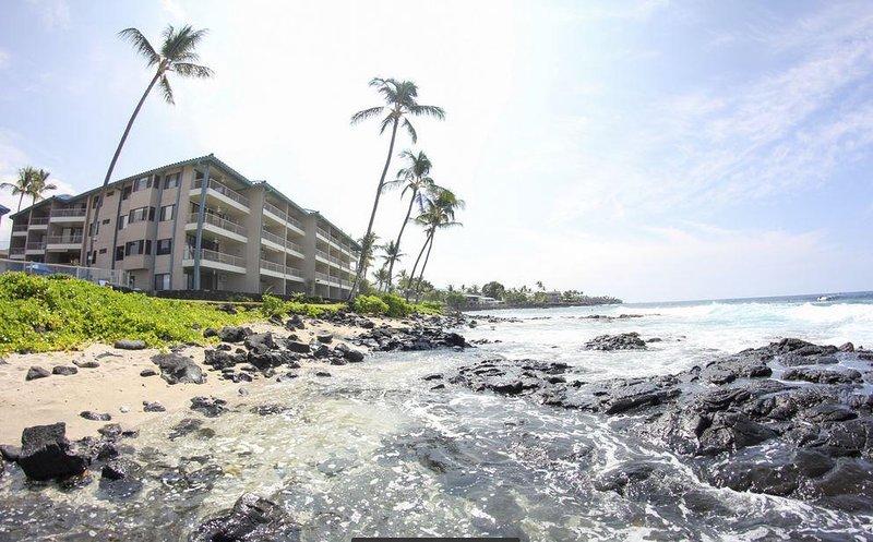 Kona Reef Resort Building