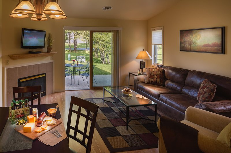 Tamarack and Mirror Lake Resort One Bedroom Unit Living Area