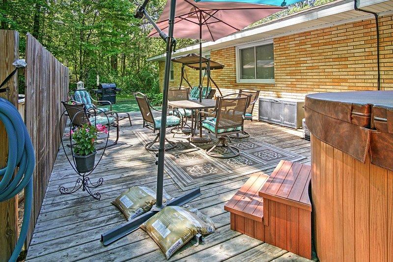 Enjoy a rejuvenating vacation at this traditional vacation rental house!