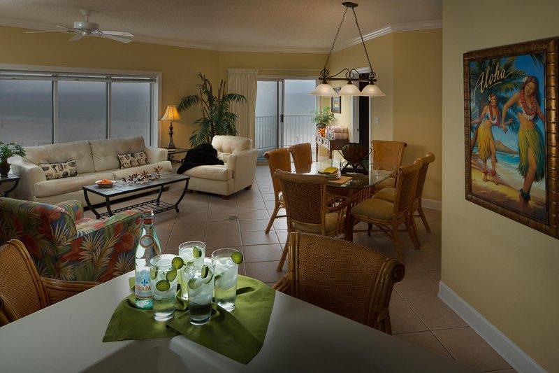 Palm Beach Resort Una Cama dinnette Unidad sala de estar (3)