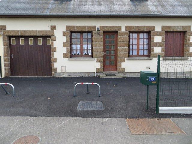Location à 5mn du Mont-saint-Michel, casa vacanza a Mont-St-Michel