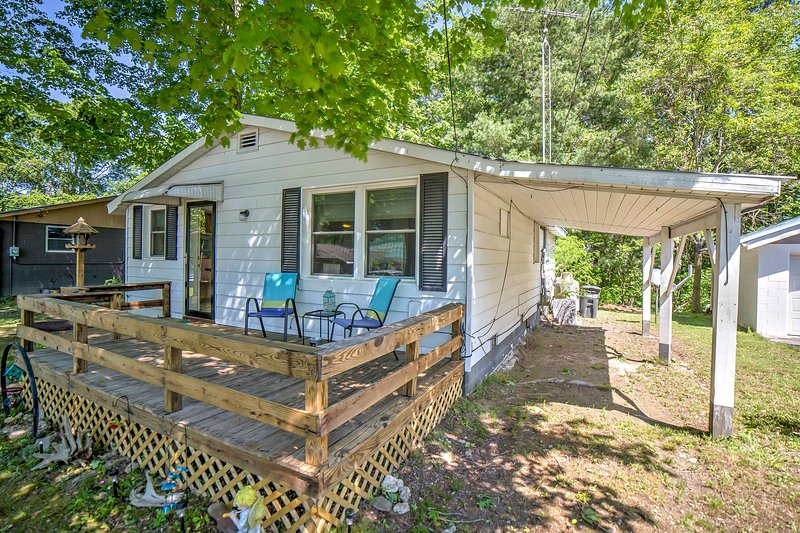 cozy monticello cabin with lake views has air conditioning and rh tripadvisor com