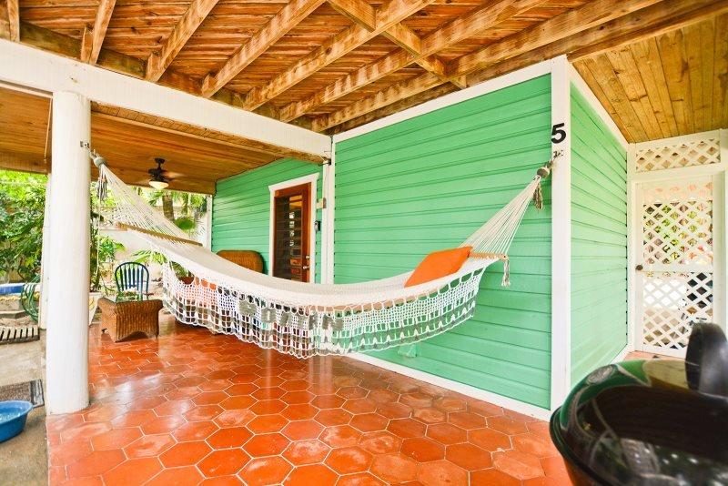 Monkey La La Studio, casa vacanza a Roatan