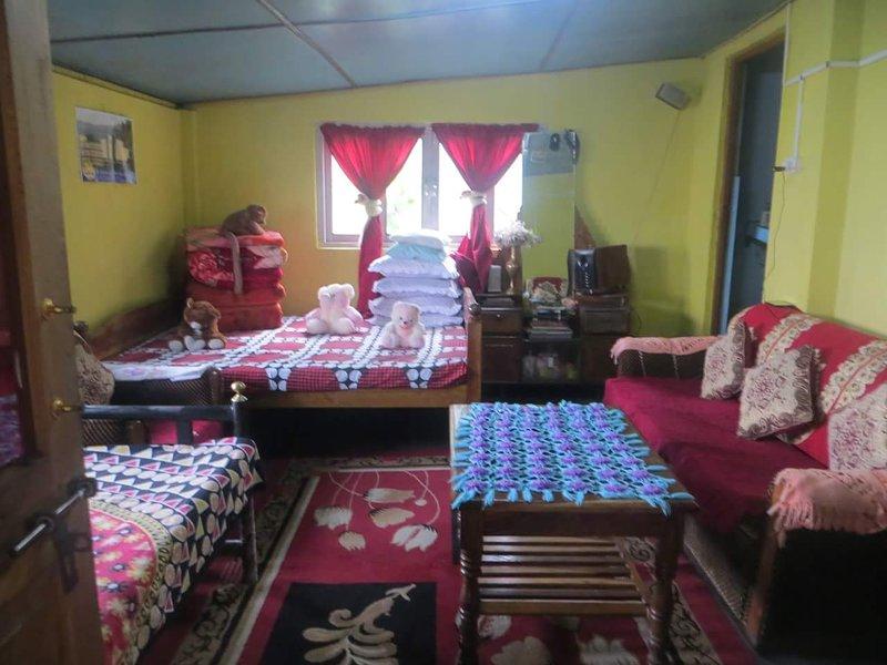 MAKAIBARI HOMESTAYS, holiday rental in Siliguri