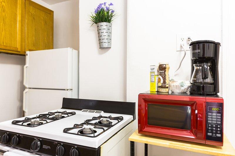 Todas as amenidades incluídas tudo o que você precisa para fazer refeições caseiras.