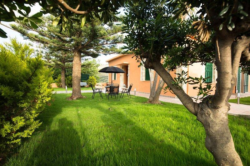 Garden Family Villa near Falasarna & Balos, vacation rental in Kissamos