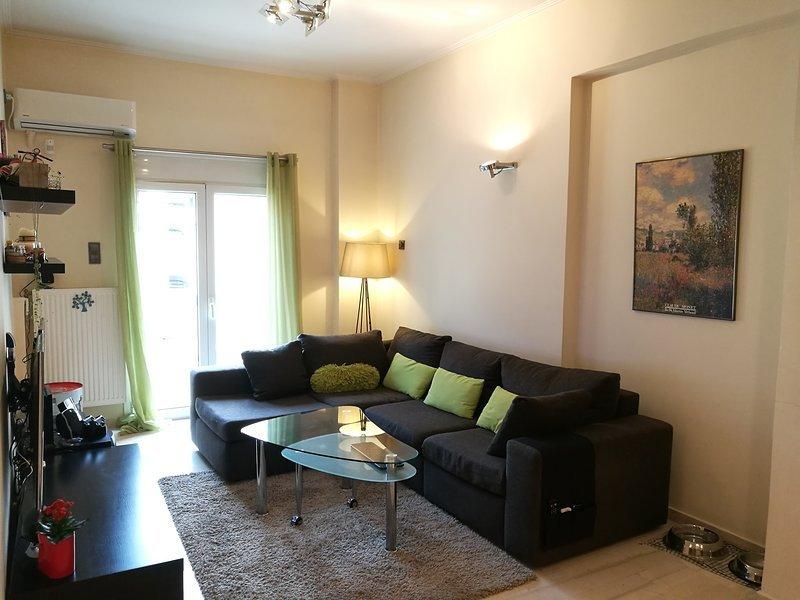 Modern flat in the heart of Piraeus, location de vacances à Piraeus