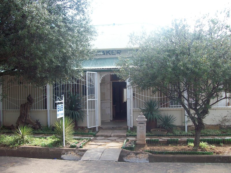 The Old Watchmakers Guest House, vacation rental in Free State