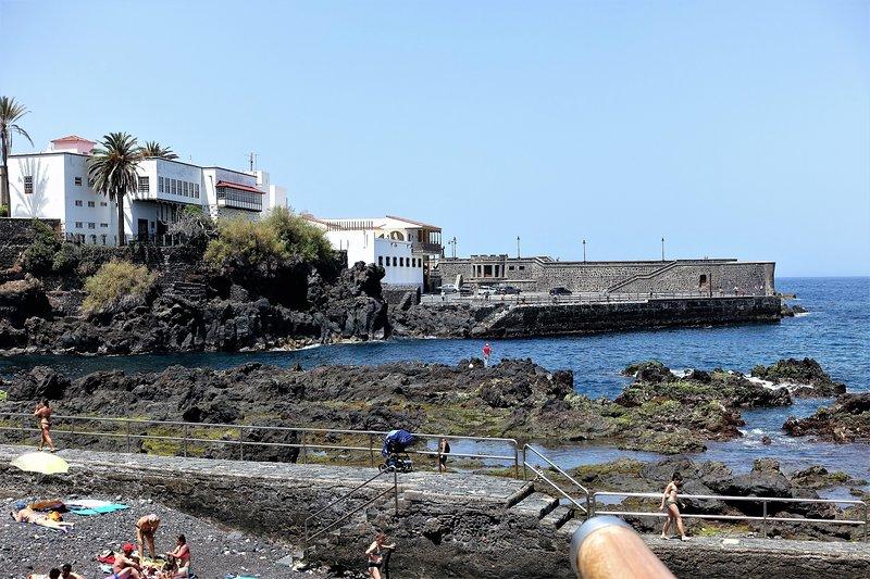 Tourist picture (Paseo San Telmo)