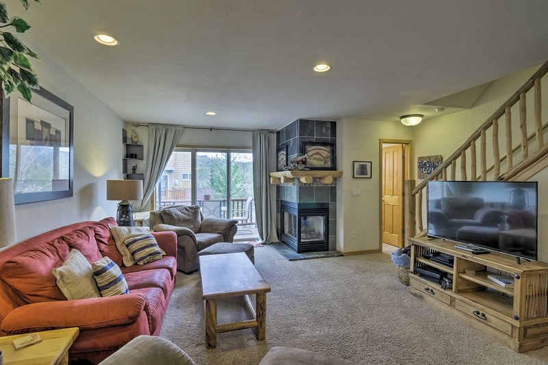 This 3-bedroom, 3.5-bath townhome is ideal for your next Winter Park retreat!