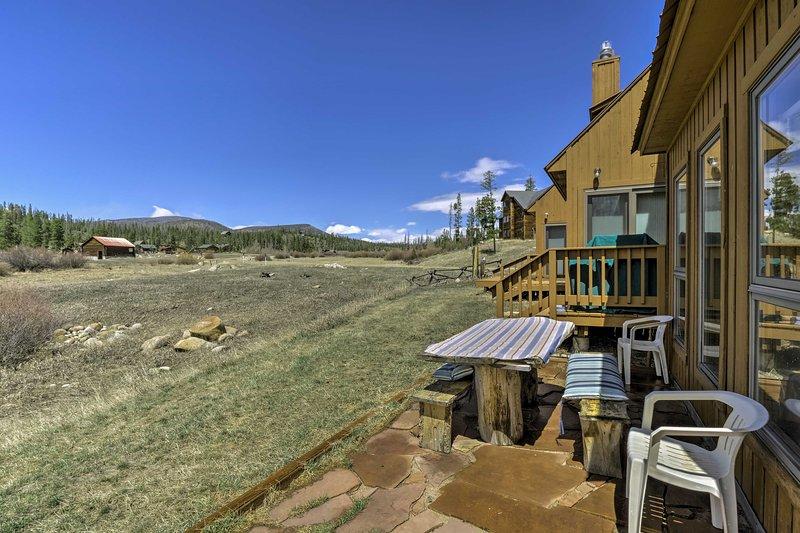 Découvrez les majestueuses montagnes Rocheuses de ce condo Grand Lake!