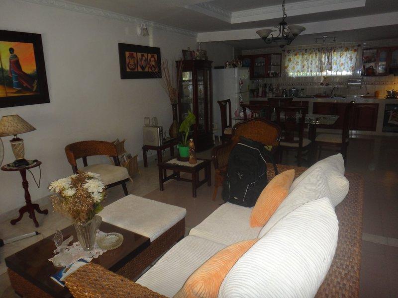 Posada green sea villa helen kilometro 4 circunvalar, aluguéis de temporada em San Luis