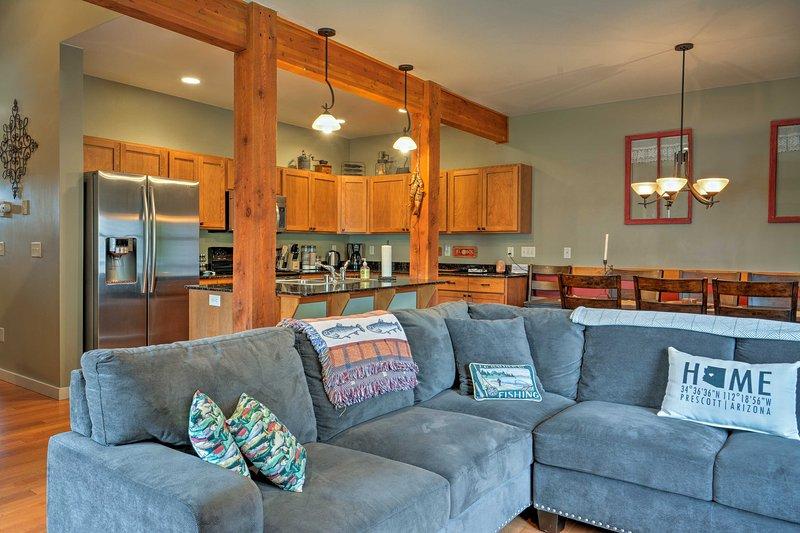 Explore Montana from this cozy vacation rental condo in Bozeman!