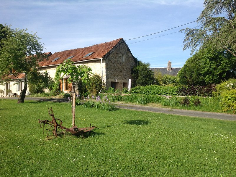 Montignac lascaux B&B accomadation in quiet rural setting, location de vacances à Montignac