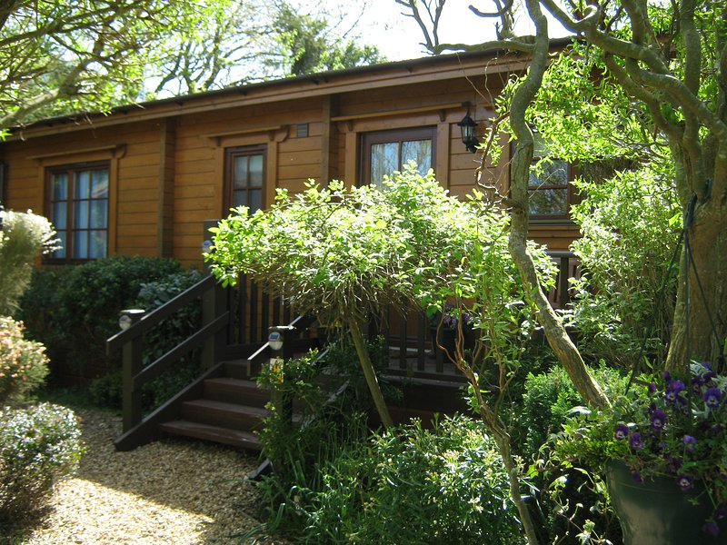 Holly Lodge, 2 bedrooms 2 bathrooms,sleeps 4.  Adults only. Rated by Visit England as 4 Star Gold.